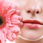 Простые советы для ежедневного ухода за кожей губ