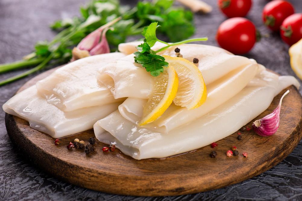 Способ сервировки кальмара